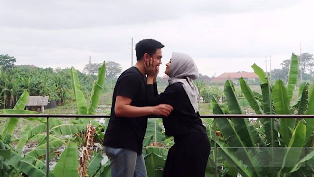 Ingat, Seorang Istri Akan Tetap Cantik Jika Suami Tidak Berhenti Mencintainya Dengan Segala Kekurangannya