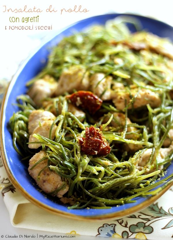 Insalata di pollo con agretti e pomodori secchi