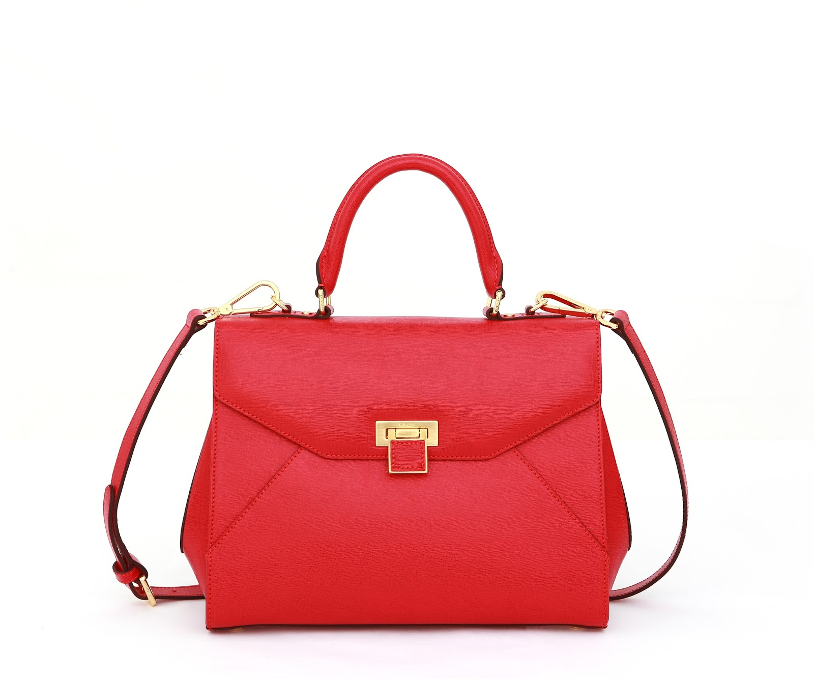 The Way A Woman Carries Her Bag Is Characteristic Says Some Psychologists Bagology Name