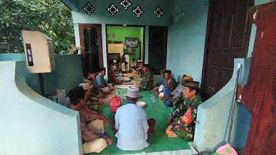 Satgas Yonzikon 13/KE Gelar Doa Bersama dengan Warga Desa Bolo