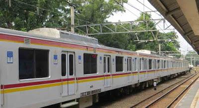 KRL Commuterline Depok Jakarta