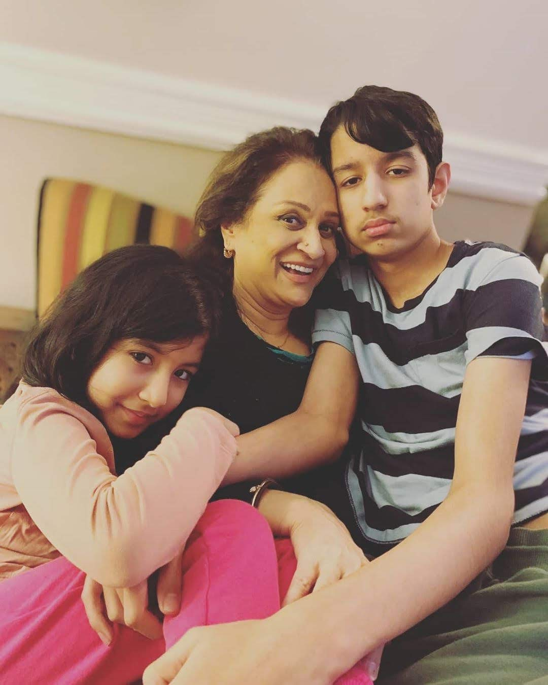 Bushra Ansari Having Fun at her 64th Birthday with her Grand Kids