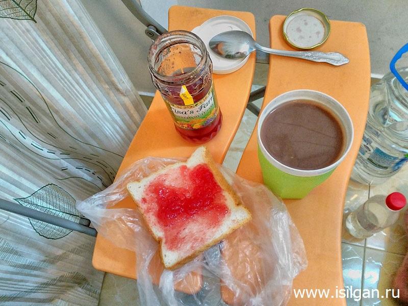 Стандартный завтрак бюджетного туриста. Хошимин. Вьетнам