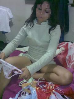 chica mexicana tanga