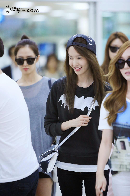 My SNSD: [PHOTOS] 140527 Yoona at Gimpo Airport from Japan