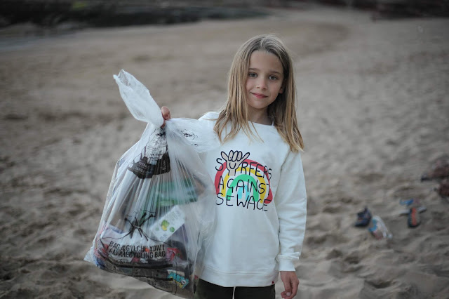 beach clean Barry