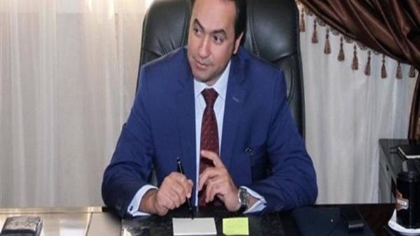 محمد عمر يصدر 6 قرارات مهمة لصالح جميع المعلمين.. ننشر التفاصيل