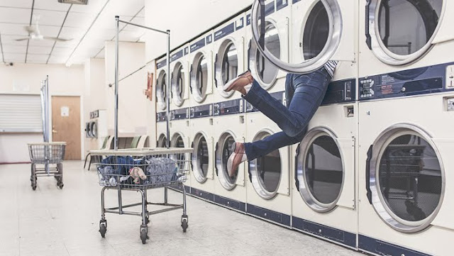 Cucian Baju Menumpuk? Berikut 6 Solusi yang Bisa Kamu Coba!