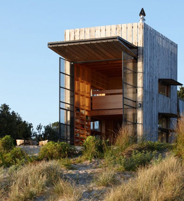 The Flying Tortoise Tiny Movable New Zealand Beach House