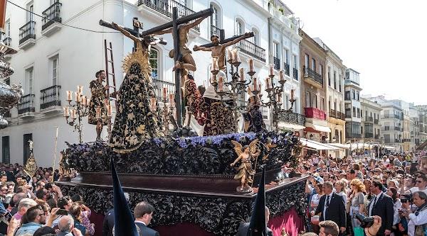 El restaurador Pedro Manzano restaurará el Cristo de la Salud, Titular de la Hermandad de la Carretería de Sevilla