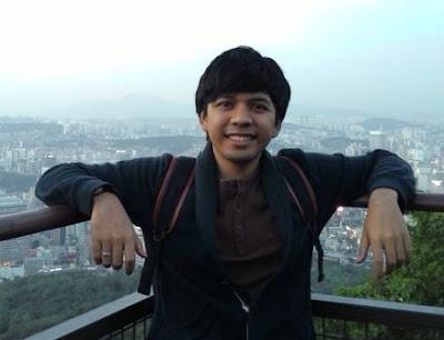 Blogger kali ini tidak hanya dijadikan sebagai kegemaran menulis atau hobi saja 10 Blogger Indonesia yang Terkenal dan Sukses