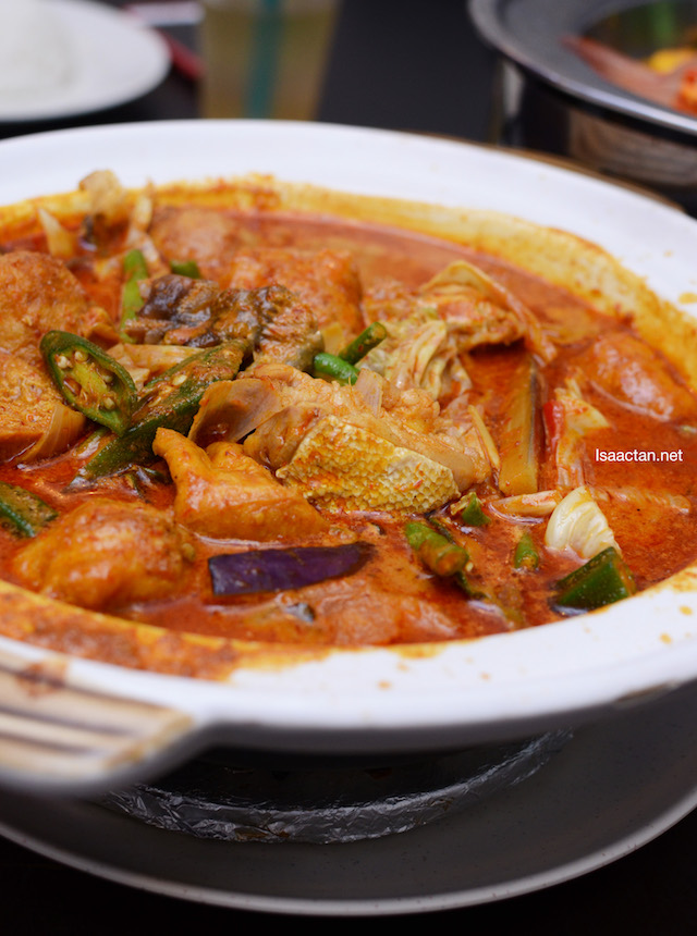 Chef Signature Grouper Fish Head Curry (RM32/ RM48)