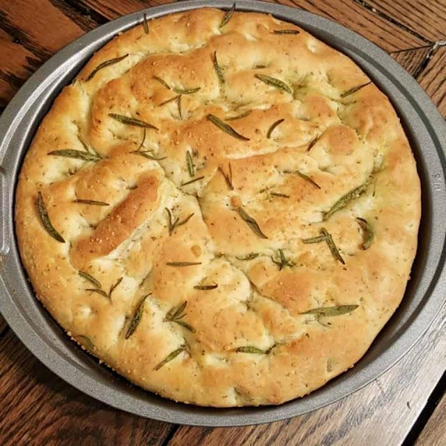 وصفة خبز الفوكاتشيا / Focaccia Bread recipe