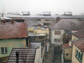 Schnee in Prishtina, Kosovo