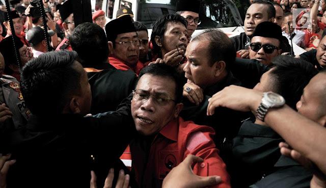 Masinton Pasaribu: Pemerintah Jangan Lebih Parah dari VOC Dong!