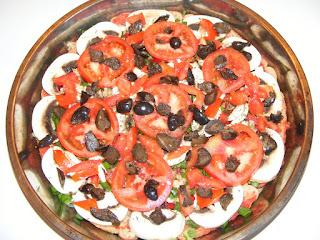 reteta si mod de preparare pentru pizza de post cu legume pe blat de paine,