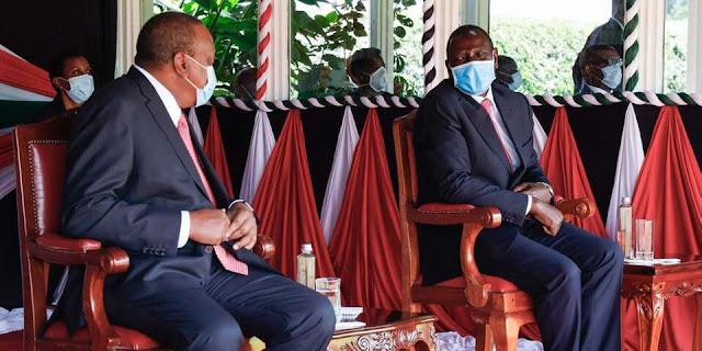 Uhuru and Ruto at Statehouse photo