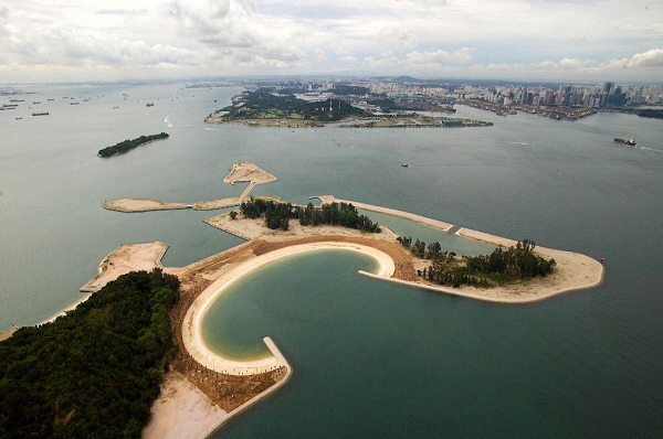 Lazarus is the most unspoiled island in the lion island of Singapore