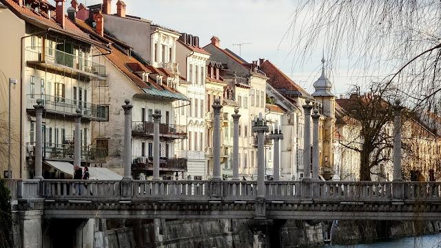 Cobblers' Bridge for tourists