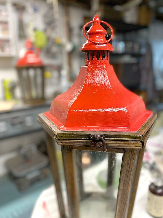 Painting a Red Christmas Lanterns