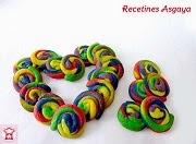 http://recetinesasgaya.blogspot.com.es/2014/03/galletas-arcoiris-para-el-cumple-de-iyan.html
