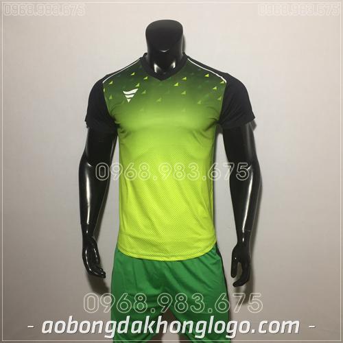 Áo bóng đá không logo TA HAT Matic mau xanh lá