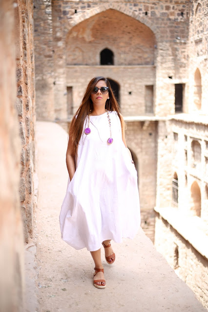 fashion, street style  outfit, how to style street style dress, summer whites, delhi fashion blogger, banggood, zariin, mineral stone jewelry, delhi blogger, indian blogger, suitcase bag, street style delhi, white maxi dress, summer fashion trends 2016,
