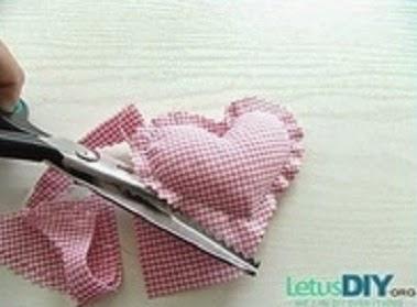 recortar corazones de tela