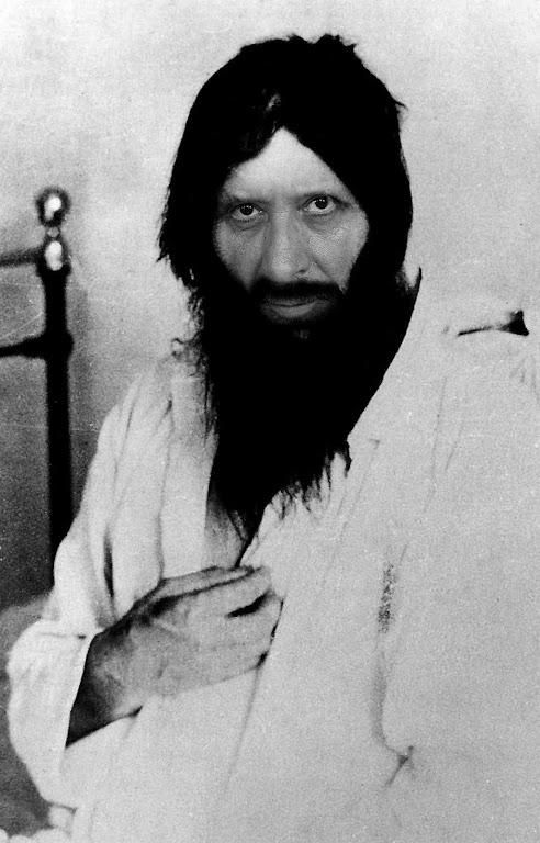 O monge curandeiro Rasputin foi um exemplo da influencia satânica sobre a Rússia por meio da Igreja Cismática
