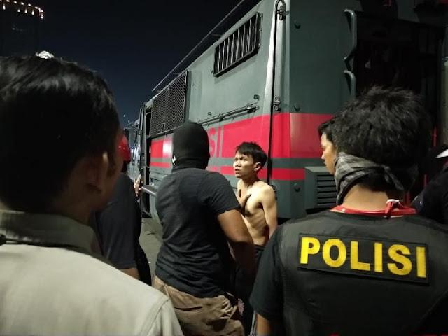 Demo 30 September, Begini Saksi Lihat Polisi Keroyok 1 Demonstran