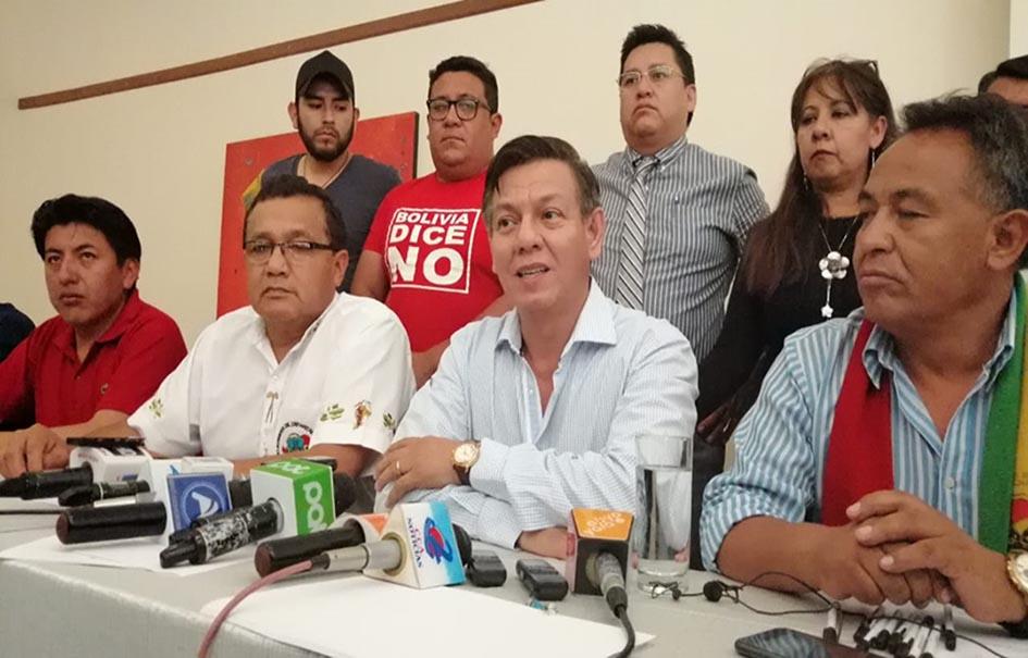 Cívicos se reunieron luego del paro de 24 horas del jueves / APG