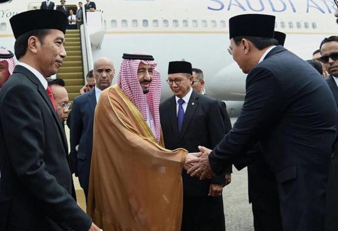 Ahok salaman dengan Raja Salman. ©2017 Instagram.com/basukibtp