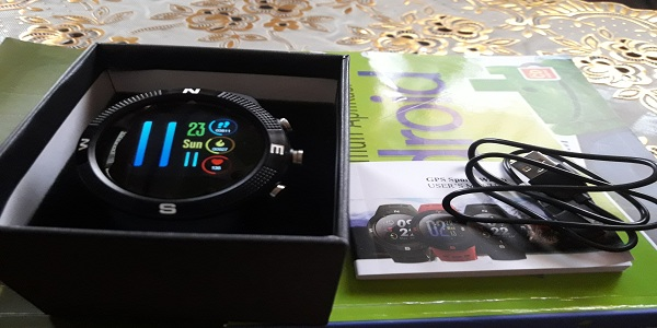 Unboxing Smartwatch F18 Bluetooth 4.2 Anti Air