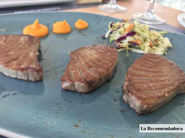 Media ración de morrillo a la plancha. Restaurante El Campero de Barbate. Precio: 22,50 €