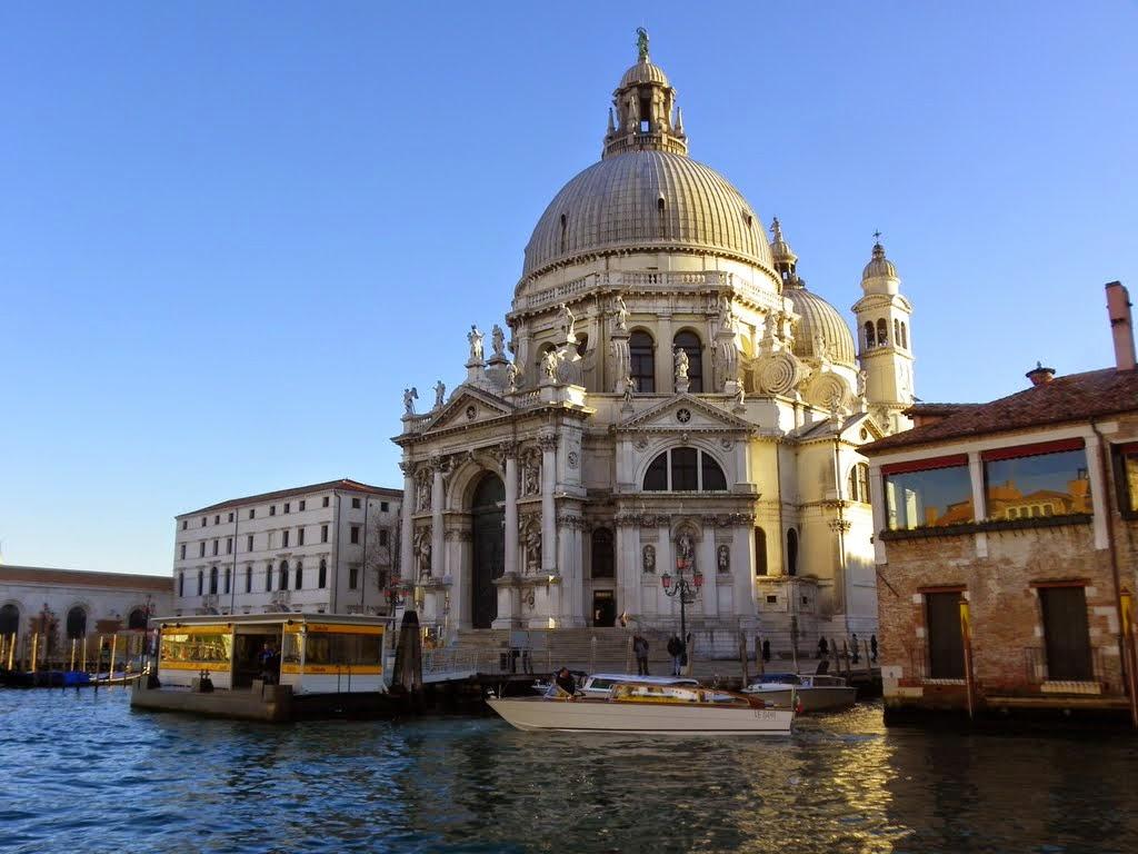 Santa-Maria-della-Salute-Dorsoduro-Venice