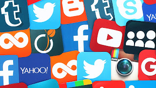 picture full ofsocial media icons