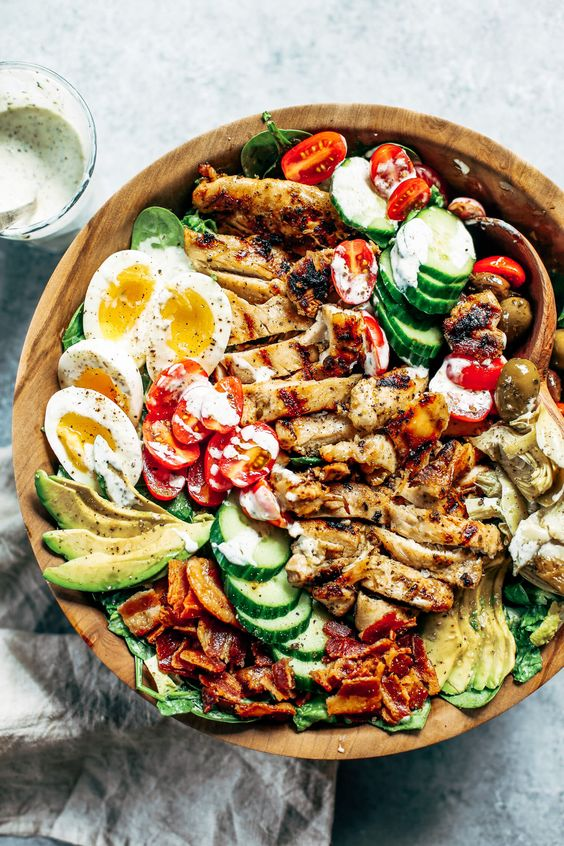 PALEO GRILLED CHICKEN CAESAR COBB SALAD #recipes #healthymeals #food #foodporn #healthy #yummy #instafood #foodie #delicious #dinner #breakfast #dessert #lunch #vegan #cake #eatclean #homemade #diet #healthyfood #cleaneating #foodstagram