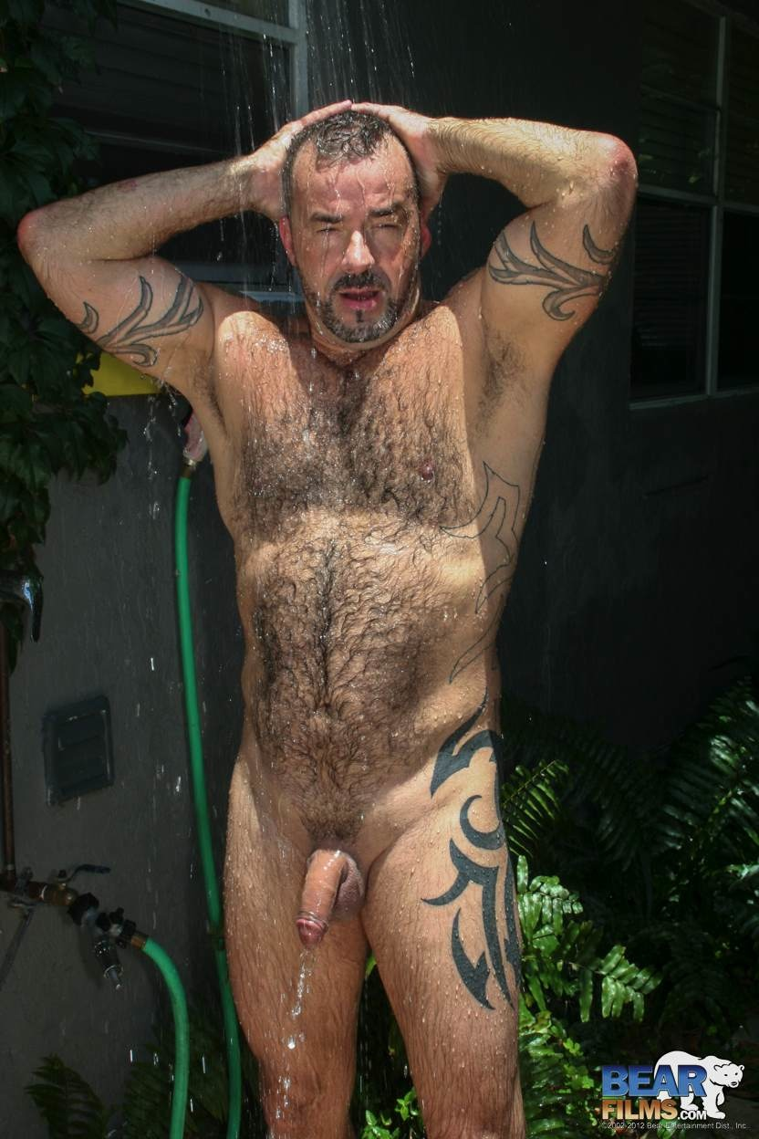 hairy and beefy hunk steve king takes a shower on bear