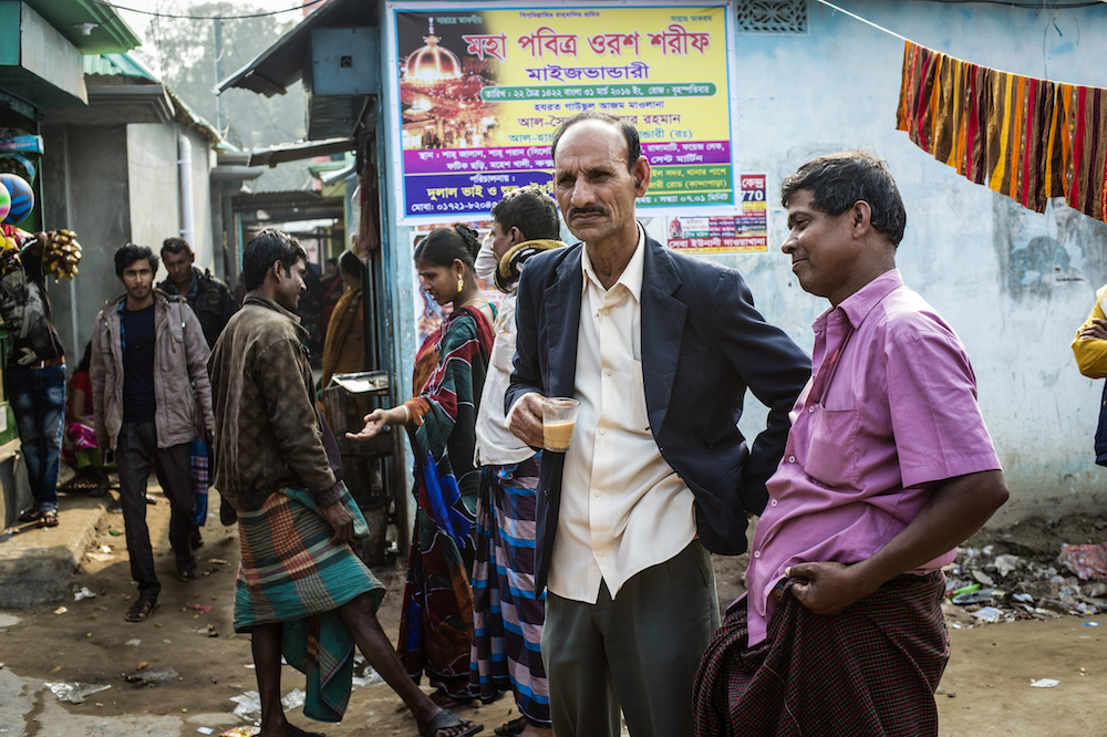 Spine-Tingling Photos Reveal What Life Is Like In A Legal Bangladeshi Brothel