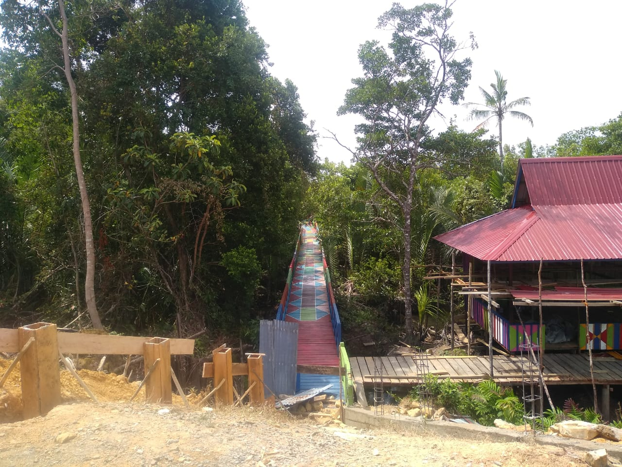 Termotivasi Dari Bahasa Menteri Pedesaan, Desa Kelumu Jadikan Hutan Mangrove Objek Wisata, Penangkaran Ketam dan Gonggong.
