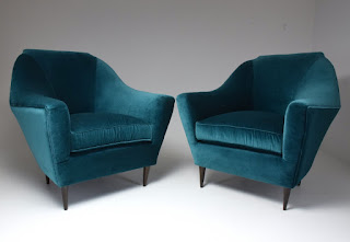 THE BEST ARMCHAIRS
