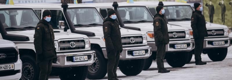 Військові частини Нацгвардії отримали нові автомобілі