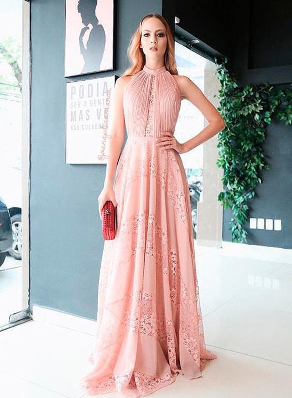 vestido longo rosa rendado para madrinha de casamento