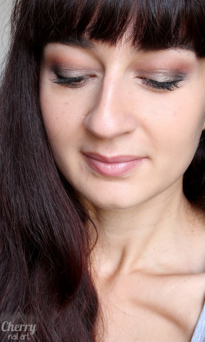 maquillage-palette-fards-idc-color-make-up-naked-nude
