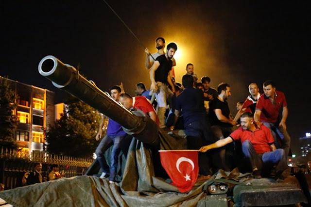 Τουρκία-πραξικόπημα: «Βόμβα» της μυστικής υπηρεσίας της ΕΕ…