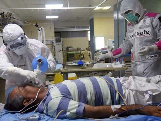 लॉकडाउन में ढील देने पर कोरोना के मरीजों की संख्या में उछाल, 24 घंटे में 126 मौतें और 2958 नए केस