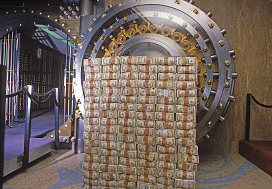 Cofre de Banco e dinheiro