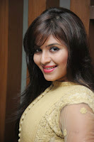 HeyAndhra Anjali Glamorous Photo Shoot HeyAndhra.com