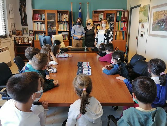 Τους μαθητές και μαθήτριες του 13ου Νηπιαγωγείου Λιβαδειάς συνάντησε ο Δήμαρχος Λεβαδεών