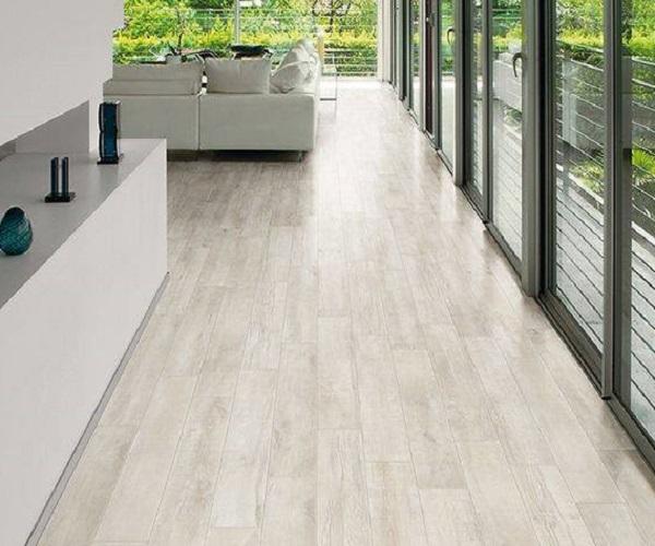 Suelo imitacion madera exterior precio materiales de - Suelo terraza exterior precios ...